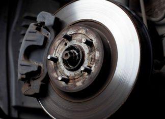 Причины скрипа тормозных колодок и дисков